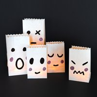 Gespenster-Gesichter auf Lichtertüten malen